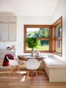 Cozy farmhouse kitchen banquette
